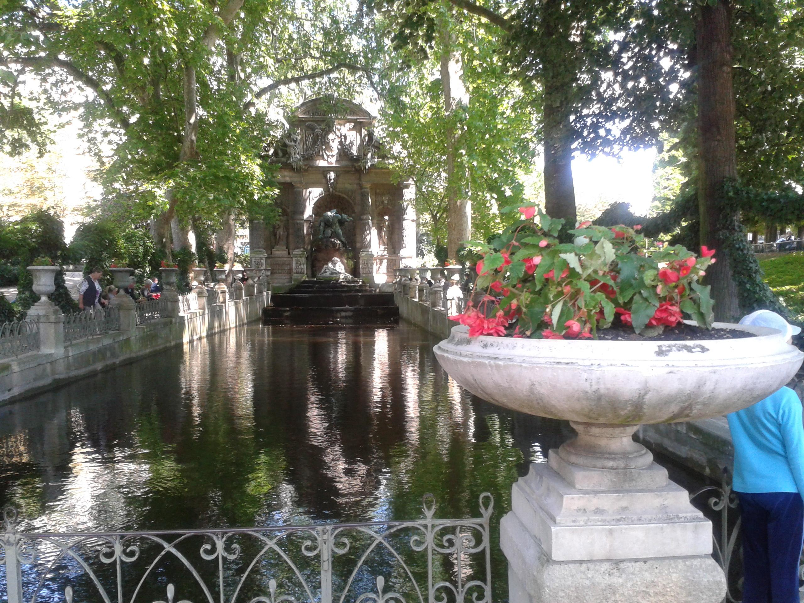Ogród Luksemburski Paris Fonatna Medycejska