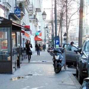Jak przeżyć będąc palaczem w Paryżu?