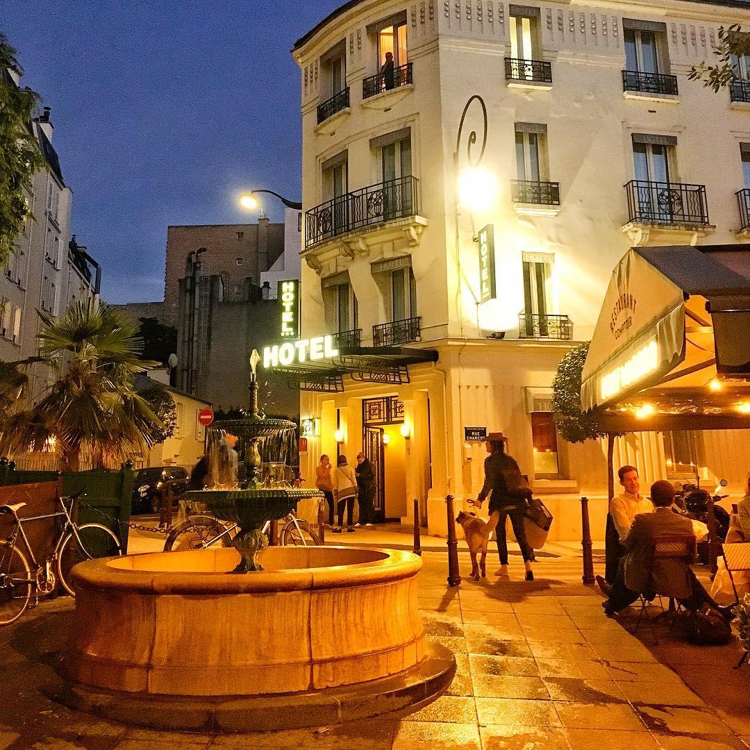 Jak zwiedzać – nie zwiedzać Paryż? Jak to niektórzy zwiedzają Paryż. Z przymrużeniem oka
