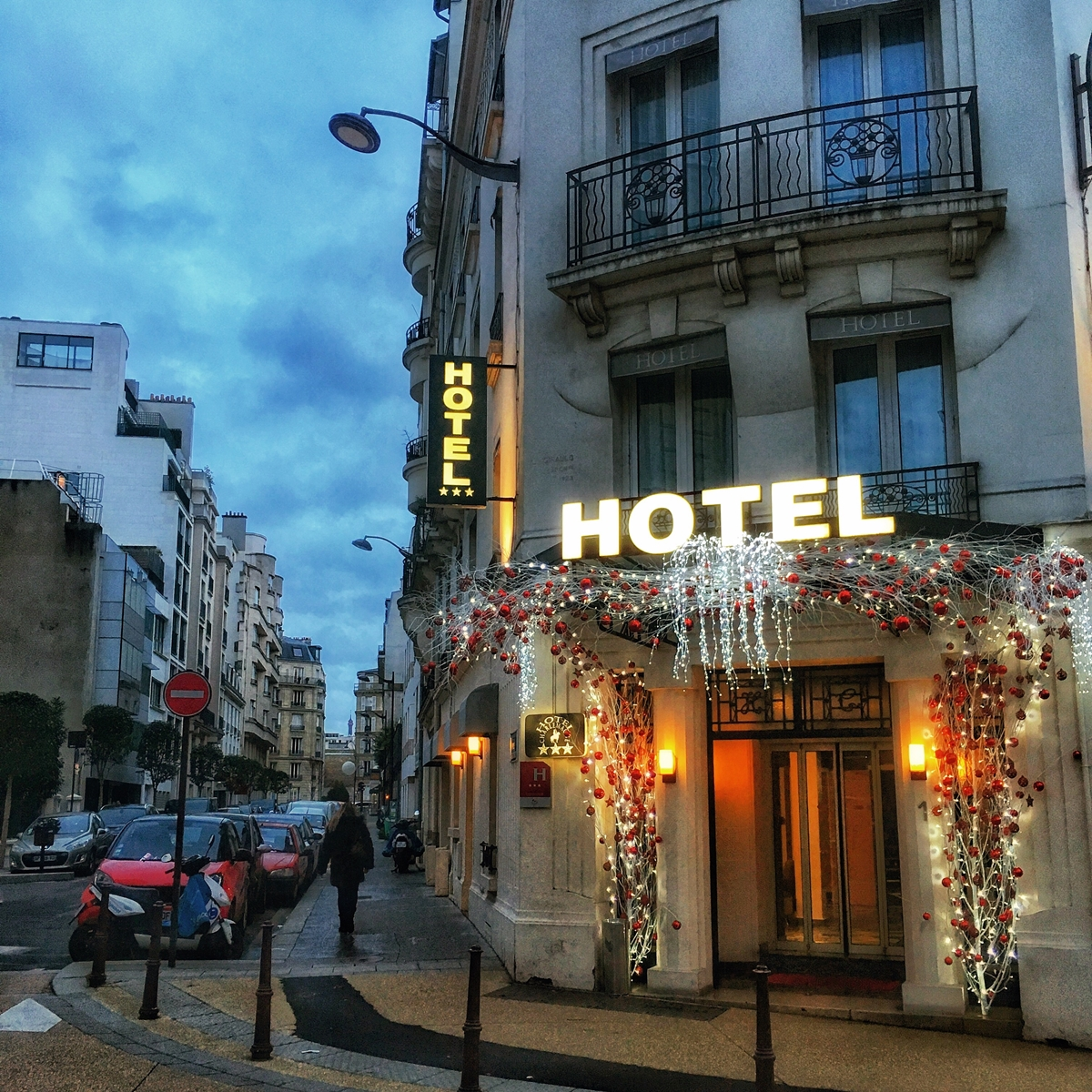 Wieczór Sylwestrowy w Paryżu. Koniecznie zabierz ze sobą żelazko