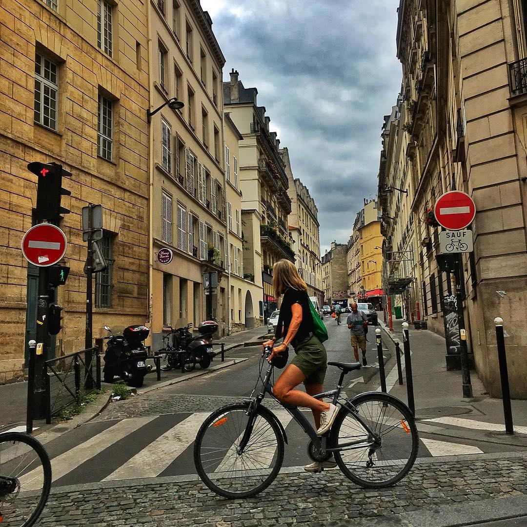 """Francja: Ruch """"żółtych kamizelek"""" wraca na ulice. Czy to już jest REWOLUCJA?"""