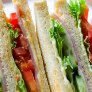 Dlaczego na pospolitą kanapkę, zarówno po francusku, jak i po angielsku mówimy: sandwich.